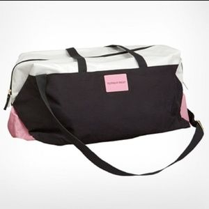 VICTORIA'S SECRET GETAWAY DUFFLE BAG